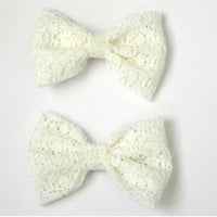 Cream lace bows