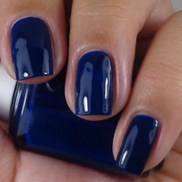 Essie Nail Polish ( 879 - STYLE CARTEL ) Dress to Kilt FALL 2014 NEW