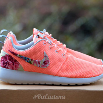 CHRISTMAS SALE! Coral Pink Roshe Run from rixcustoms on Etsy