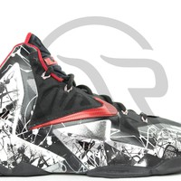LEBRON 11 - GRAFFITI