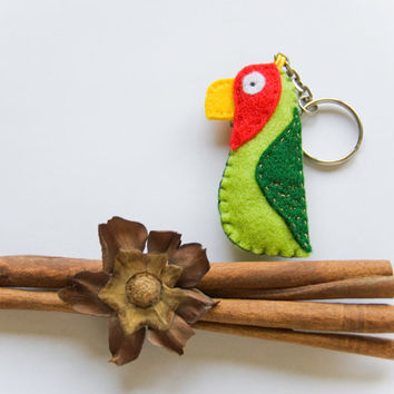 Parrot felt key ring, green and red parrot