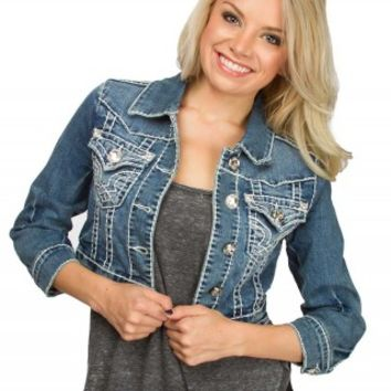 L.A. Idol Cropped Denim Jacket