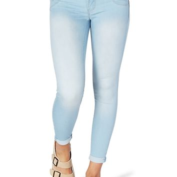 Better Booty Rolled Cuff Skinny Jean