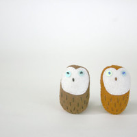 nestling owl pin - felt  owl love - set of 1