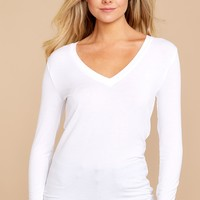 Fitted Long Sleeve V Neck Tee In White