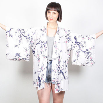 Vintage KIMONO Jacket White Navy Blue Pink BIRD Branch Floral Print Ethnic Draped Kimono Robe Duster Jacket Short Kimono S Small M Medium L