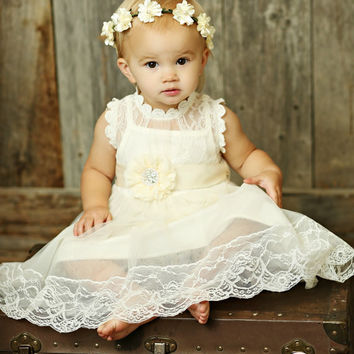 IVORY  girl dress,Ivory lace flower girl dress,rustic flower girl dress, Baby lace dress, Country shabby chic flower girl dress, Girl dress