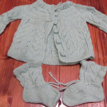 Set of Handknit Baby Waistcoat and Slippers,Gentle Light Green Waistcoat and Slippers,Knitted Baby Kit, Warm Knitting for Your Baby,Size 3-6
