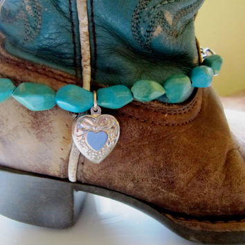 Child's Boot Bling.. Turquoise color beads.. heart charm.. Western Boot bracelet.. adjustable
