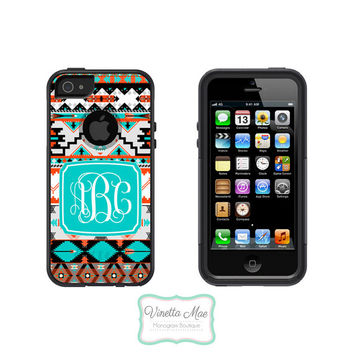 Otterbox Commuter Apple iPhone 5 5s Personalized Cell Phone Case Tribal Hipster Girl Aztec 3 Initial Vine Script Monogram Protective OB-1078