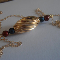 Minimalist Swarovski Petrol/Burgundy Perles - Twist Oval Beads Bar Necklace 14/20Kt Gold Filled Pendant for minimalist wear