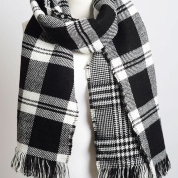 Black & White Classic Plaid Blanket Scarf