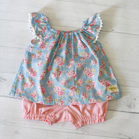Baby girl clothes, Baby top and bloomer, baby set clothing, spring / summer baby outfit, blue and pink flowers