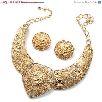 Barrera for Avon Allure of Gold Necklace and Earring Demi