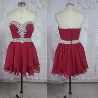 Sweetheart Neckline Burgundy Chiffon Beaded Crystals Short Homecoming Dress Party Dress Short Prom Dress ET155