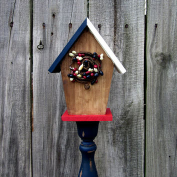 Birdhouse, Pedestal, Decorative, Americana, Red, White, Blue, Stars and Stripes, Primitive, Painted Wood, Chippy, Stained