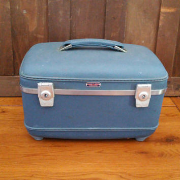 Vintage Blue American Tourister Train Case Cosmetics Case With Tray Luggage Mid Century Hardside Suitcase