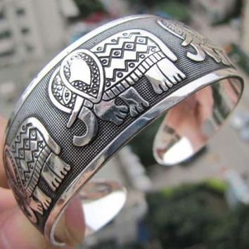 Fashion Elephant  Bangle Cuff Bracelet