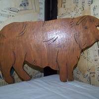 Vintage Wooden Bull Wall Hanging--Brahma--Cow--Steer--Farm--Animal Plaque--Kitschy Country Western Decor--Masculine Man Cave--Cowboy--