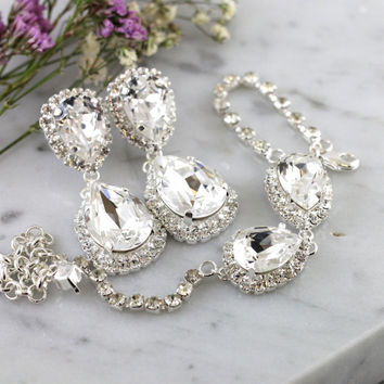 White Crystal Chandelier Earrings,Swarovski White Crystal Silver Chandelier Earrings,Bridal Jewelry Set,Bridal Earrings and Bracelet Set