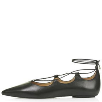 KINGDOM Ghillie Pointed Shoes - Black