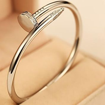Cartier men and women fashion models fine nail bracelets  F Silver