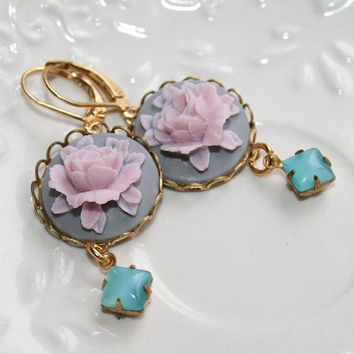 Pink and Gray Rose Earrings, Vintage Flower cameo earrings, Wedding earrings - Gift for Daughter, Girlfriend, MotherVanessa