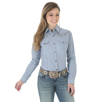 Wrangler Women's Western Long Sleeve Solid Chambray Snap Shirt