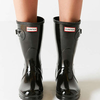 Hunter Original Short Gloss Buckled Rain Boot | Urban Outfitters