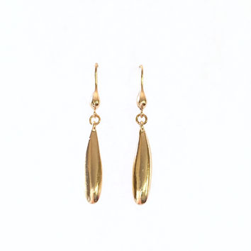 Take A Dip Earrings In Gold