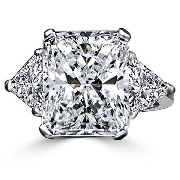 5 CT Intensely Radiant  Diamond Veneer Cubic Zirconia  Ring with Two 1 CT  Triangular Sides in  14K gold  635R71232K