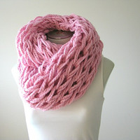 Arm knit Infinity Scarf, chunky knit infinity scarf, winter loop scarf, pink cozy knit scarf