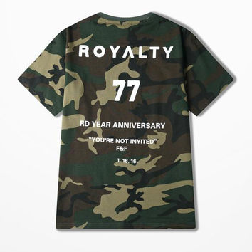 Kanye Hip Hop Camouflage T-shirt High Street Dead Fly Skateboard T Shirt Men Funny Royalty 77 Print Rd Year Anniversary Top Tee