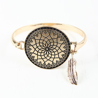 Etched Dream Catch Bracelet