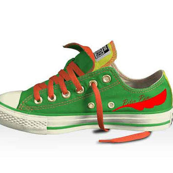 Disney's Peter Pan Low top double tongued converse