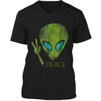 Alien Peace Cool Funny  Cute UFO Lover Birthday Gift Mens Printed V-Neck T