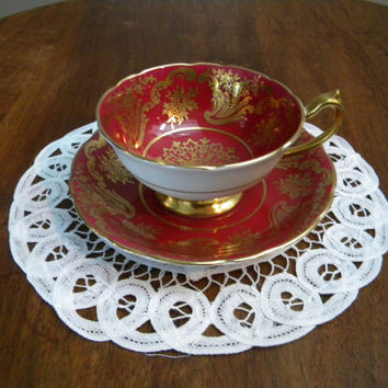 Paragon Double Warrant Red/Burgundy Teacup and Saucer with Gold Filigree/Gilding, Stunning Rich Bold Color-Mint Condition- 1939-1949-England