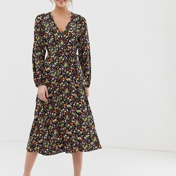 New Look jersey wrap dress in dark florals | ASOS