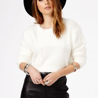 Missguided - Flafica Fluffy Cropped Jumper Cream