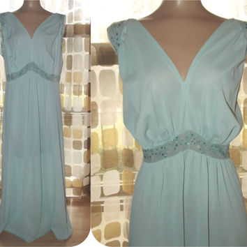 Vintage 50s VANITY FAIR Ice Blue Embroidered Long Princess Nightgown Sz. 42 XL Plus Size