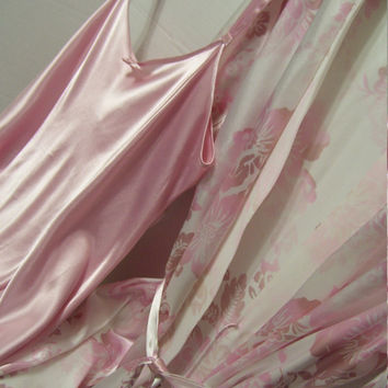 Liquid Satin Short Robe and Chemise Nightgown Peignoir Set