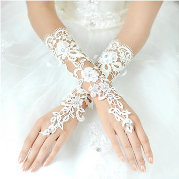 Fabulous lace half sleeves wedding  gloves bride gloves