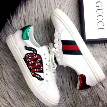 DCK7YE Gucci Old Skool Women Fashion Snake Embroidery Sneakers Sport Shoes