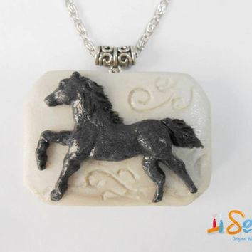 Horse Pendant - Handmade of Polymer Clay - Selsal
