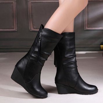 Winter Boots 2018 Women Boots Wedge Mid Calf Boots Women Shoes Black Fashion Mother Shoes Leather Boots Round Toe Ladies Shoes