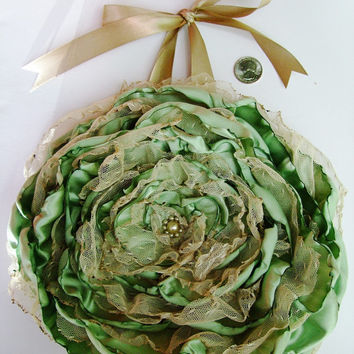Sage Green Flower, Celery Green, Shabby Chic Wall Art Hanging, Wedding accessory, Fascinator, Decor, Wall Flower Decor, wedding table decor