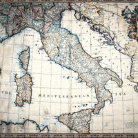 Ancient map of Italy Tapestry Wall Hanging