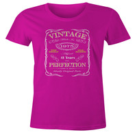 41st Birthday Gift T-Shirt - Born In 1975 - Vintage Aged 41 Years To Perfection Short Sleeve Womens T Shirt