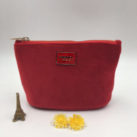 The Chanel pure silk wool cloth makeup bag receives the hand bag