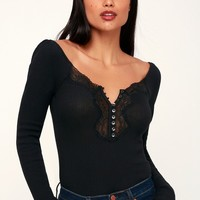 To the West Black Lace Long Sleeve Top